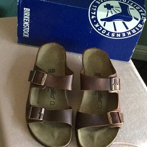 Papillon by Birkenstock oiled leather wedges